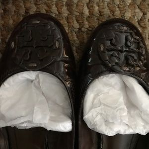 Tory Burch Reva crocs embossed patent leather flat